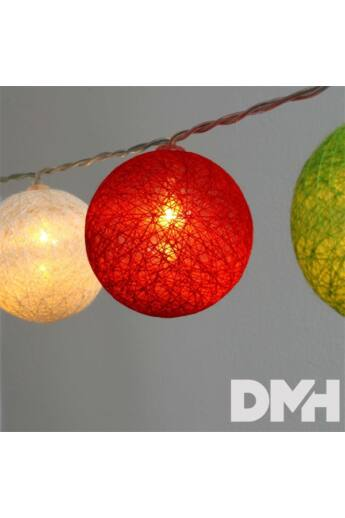 Gömb alakú 6cm/színes fonott/1,5m/piros-fehér-zöld/10db LED-es/USB-s fénydekoráció